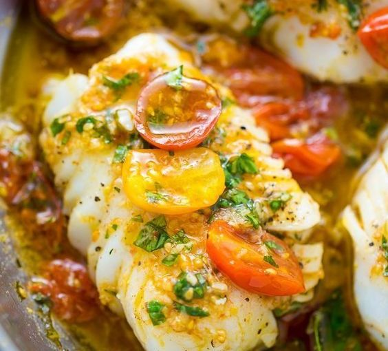 Pan-Seared Snapper in White Wine Tomato Basil Sauce & LentilPasta